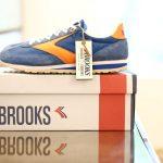 BROOKS (ブルックス) HERITAGE (ヘリテージ) VANGUARD (ヴァンガード) スニーカー ROYAL BLUE / CLASSIC ORANGE (ロイヤルブルー / クラシックオレンジ・488)のイメージ