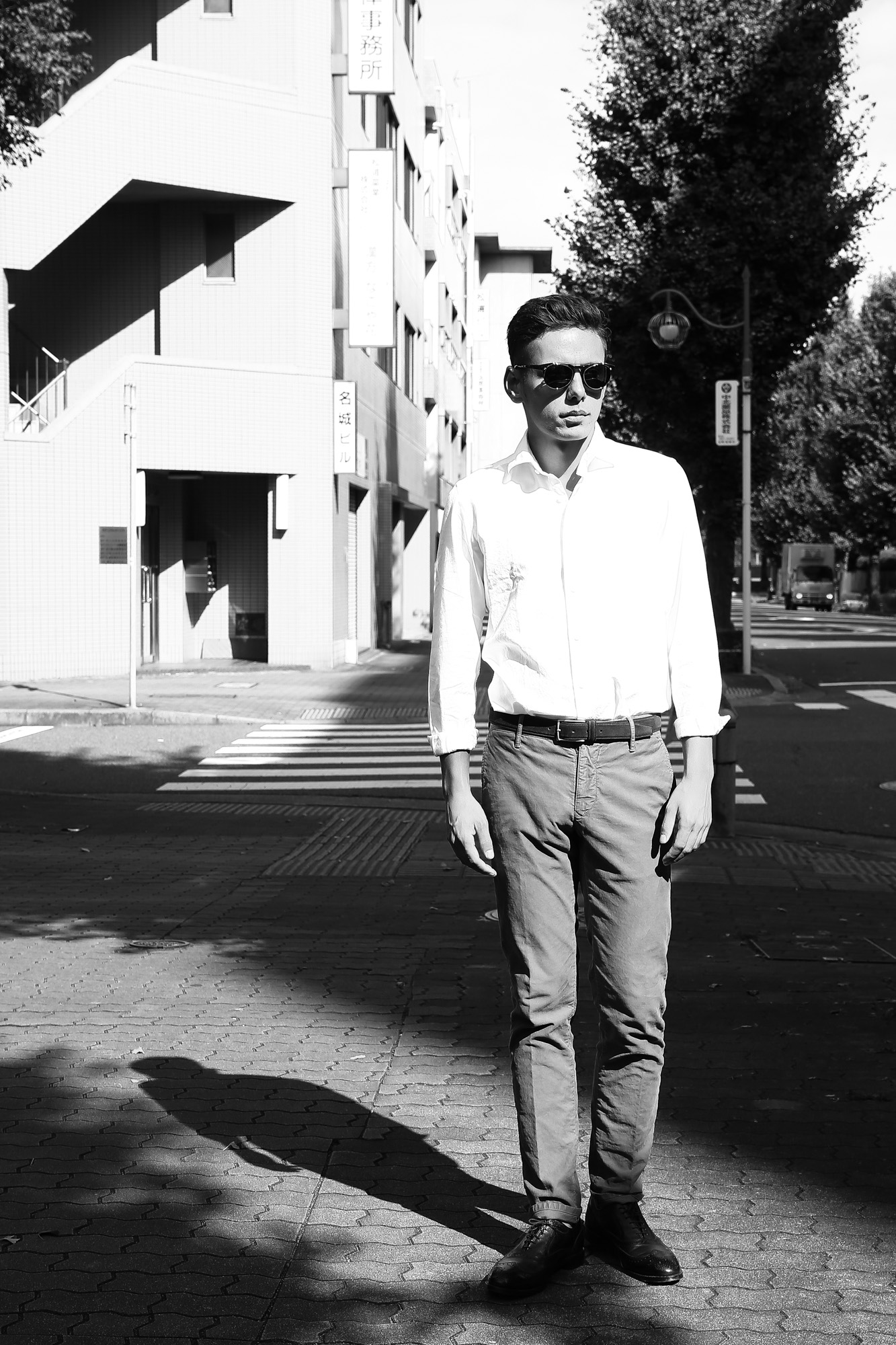Han Kjobenhavn(ハンコペンハーゲン) TIMELESS CLIP ON タイムレス クリップオン ボストンタイプ 丸形レトロデザイン サングラス AMBER/SUN(GREEN)(アンバー/サン・グリーン) MADE IN ITALY(イタリア製) のコーディネート画像。愛知 名古屋 ZODAC ゾディアック デンマーク コペンハーゲン眼鏡 アイウェア サングラス