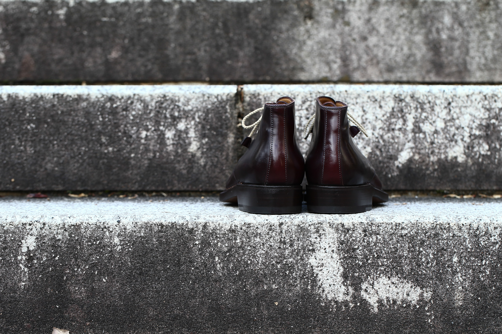 ENZO BONAFE (エンツォボナフェ) ART.3722 Chukka boots Horween Shell Cordovan Leather ホーウィン社 シェルコードバンレザー レザーブーツ コードバンブーツ チャッカブーツ No.8 (バーガンディー) made in Italy(イタリア製) 愛知 名古屋 Alto e Diritto アルト エ デリット ボナフェ コードバン ベネチアンクリーム JOHN LOBB ジョンロブ CHURCH'S チャーチ JOSEPH CHEANEY ジョセフチーニー CORTHAY コルテ ALFRED SARGENT アルフレッドサージェント CROCKETT&JONES クロケットジョーンズ F.LLI GIACOMETTI フラテッリジャコメッティ ENZO BONAFE エンツォボナフェ BETTANIN&VENTURI ベッタニンヴェントゥーリ JALAN SRIWIJAYA ジャランスリウァヤ J.W.WESTON ジェイエムウエストン SANTONI サントーニ SERGIO ROSSI セルジオロッシ CARMINA カルミナ