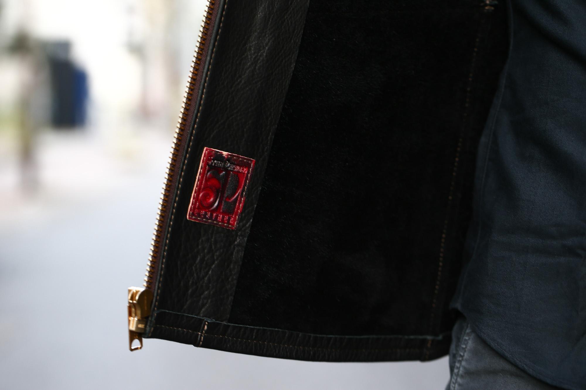 South Paradiso Leather (サウスパラディソレザー) SMOKE スモーク East West イーストウエスト Cow Hide Leather カウハイドレザー レザージャケット BLACK (ブラック) MADE IN USA (アメリカ製) のコーディネート画像。愛知 名古屋 ZODIAC ゾディアック パラディソ イーストウエスト スモーク ヴィンテージ アドラー アードラー ウィンチェスター イルミナティレインボーシャツ レザー 革ジャン