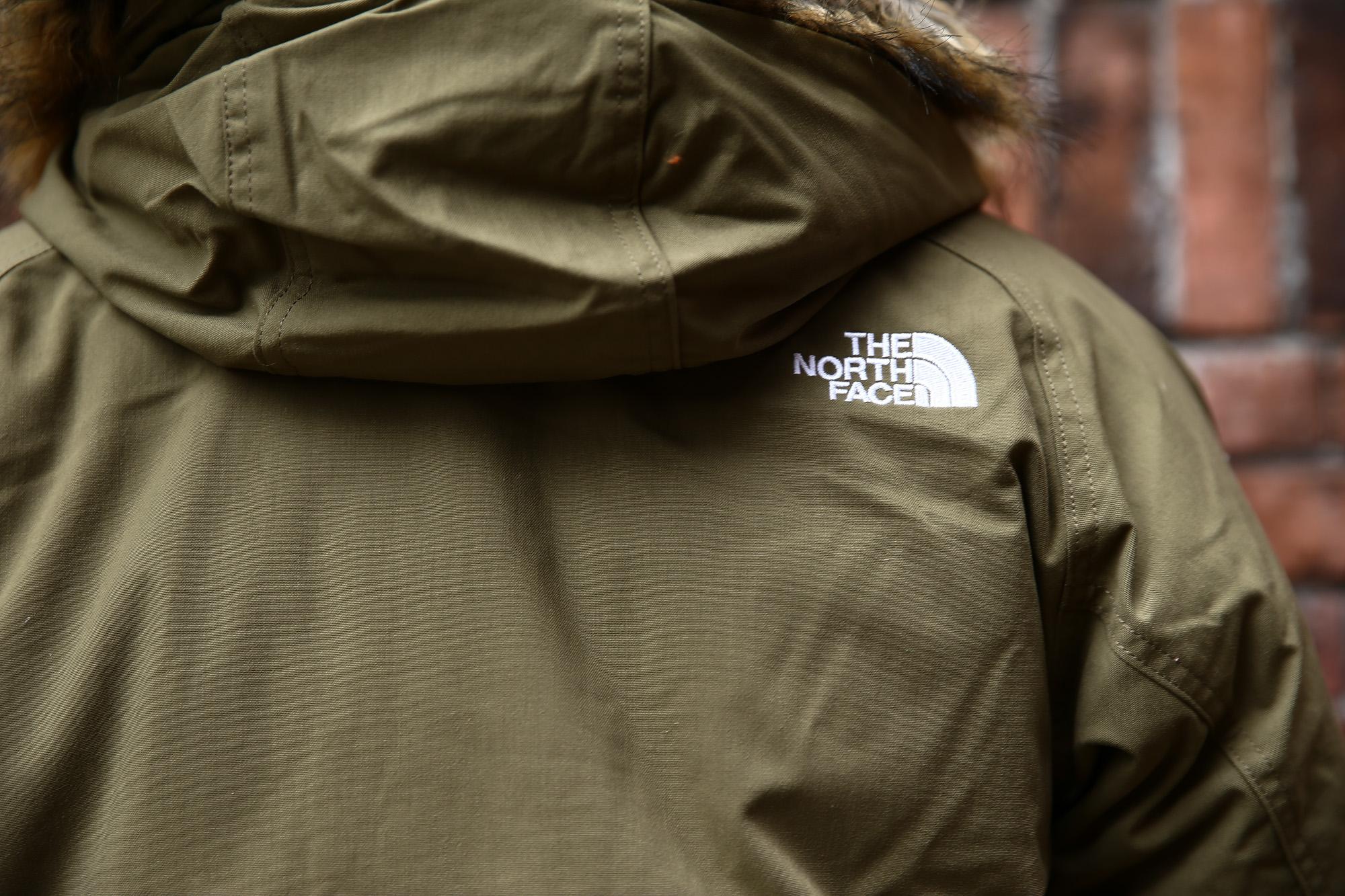 THE NORTH FACE (ザ・ノースフェイス) McMurdo Parka マクマードパーカー CEBONNER OX 600フィルダウン ファーフーディー ダウンジャケットNEW KHAKI (ニューカーキ・NK)  2016 秋冬新作 のコーディネート画像。愛知 名古屋 ZODIAC ゾディアック ノースフェイス マクマードパーカー ダウン 登山 アウトドア 南極