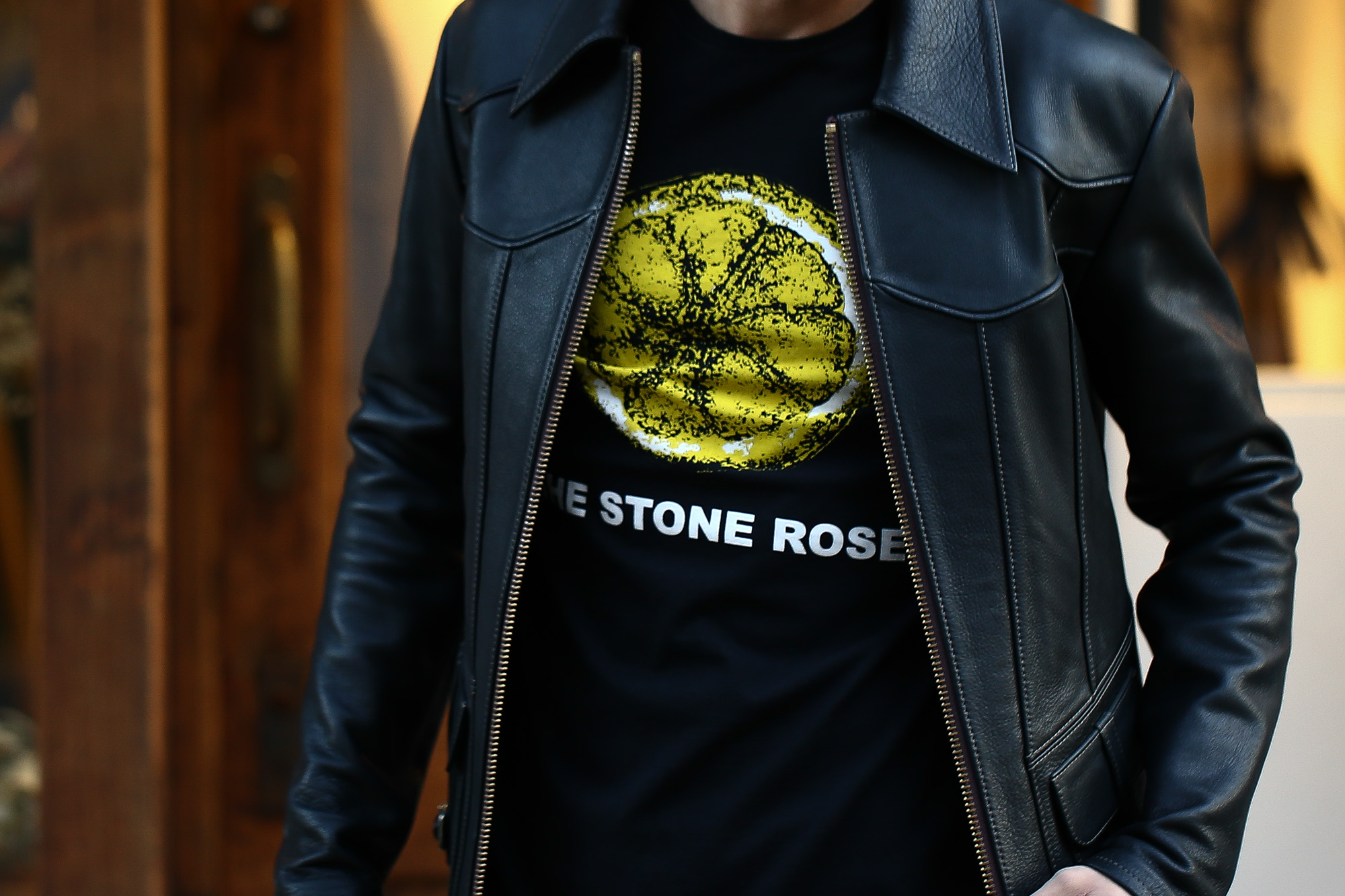 Worn By (ウォーンバイ) STONE ROSES LEMON ストーンローゼス レモン The Stone Roses ザ・ストーン・ローゼズ ロックTシャツ バンドTシャツ BLACK (ブラック) 2016 秋冬新作 XS,S,M コーディネート画像。 愛知 名古屋 ZODIAC ゾディアック バンドT ロックT プリントT ウォーンバイ ライセンスTシャツ VAN バン 名古屋