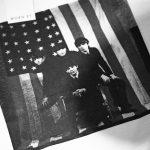 Worn By (ウォーンバイ) AMERICAN FLAG The Beatles ザ・ビートルズ アメリカンフラッグ 復刻オフィシャルライセンスTシャツ ロックTシャツ バンドTシャツ ECRU (エクリュ) 2017 春夏新作のイメージ