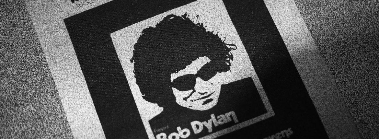 Worn By (ウォーンバイ) Isle of Wight Festival 1969 Bob Dylan ボブ・ディラン Official festival poster 復刻オフィシャルライセンスTシャツ ロックTシャツ バンドTシャツ FLINT GREY (フリントグレー) 2017 春夏新作のイメージ