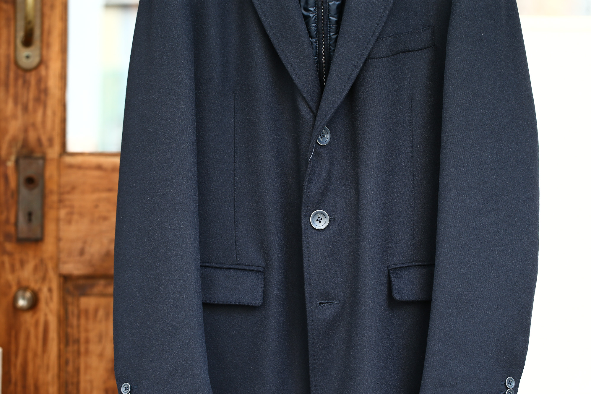 HERNO(ヘルノ) CA0058U Cashmere Chester coat カシミア チェスターコート PIACENZA ピアツェンツァ CASHMERE DROPGLIDE NYLON ULTRALIGHT 中綿入り カシミア チェスターコート NAVY (ネイビー・9200) Made in italy (イタリア製) 2017 秋冬新作 愛知 名古屋 Alto e Diritto アルト エ デリット herno ヘルノ ダウンコート ビジネススタイル