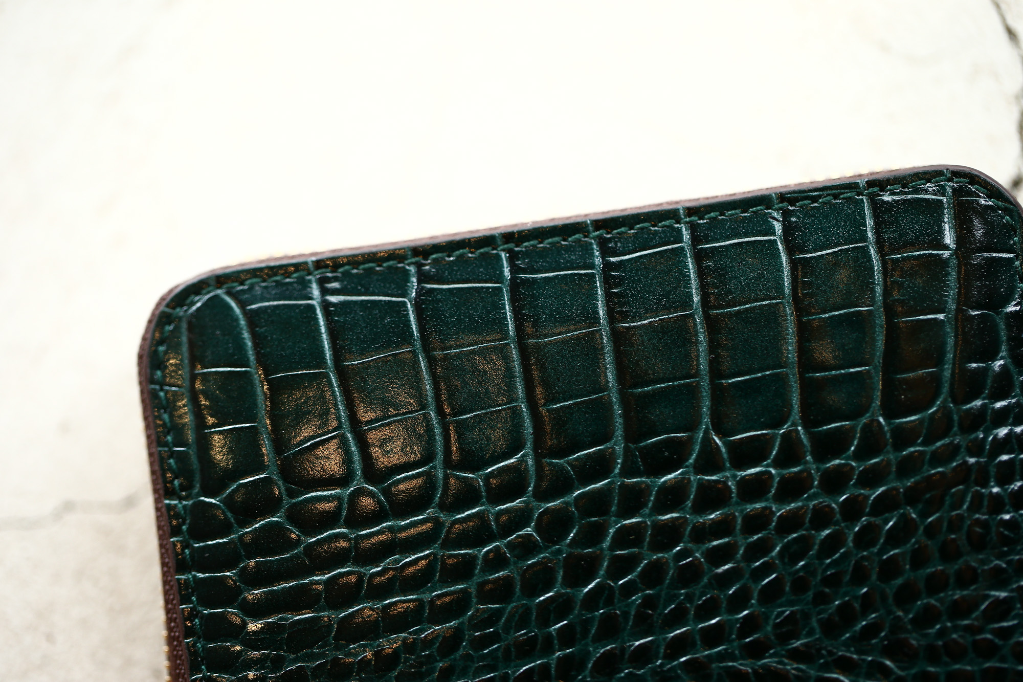 J&M DAVIDSON (ジェイアンドエムデヴィッドソン) SMALL ZIP PURSE (スモール ジップ パース) 7444 SMALL MOCK CROC (クロコダイル型押し) 折財布 ショートウォレット BOTTLE GREEN / NIGTH (ボトルグリーン / ナイト・4800) Made in spain (スペイン製) 2017 秋冬新作 jandmdavidosn smallzippurse サイフ ウォレット ジェイエムデヴィッドソン 愛知 名古屋 ZODIAC ゾディアック