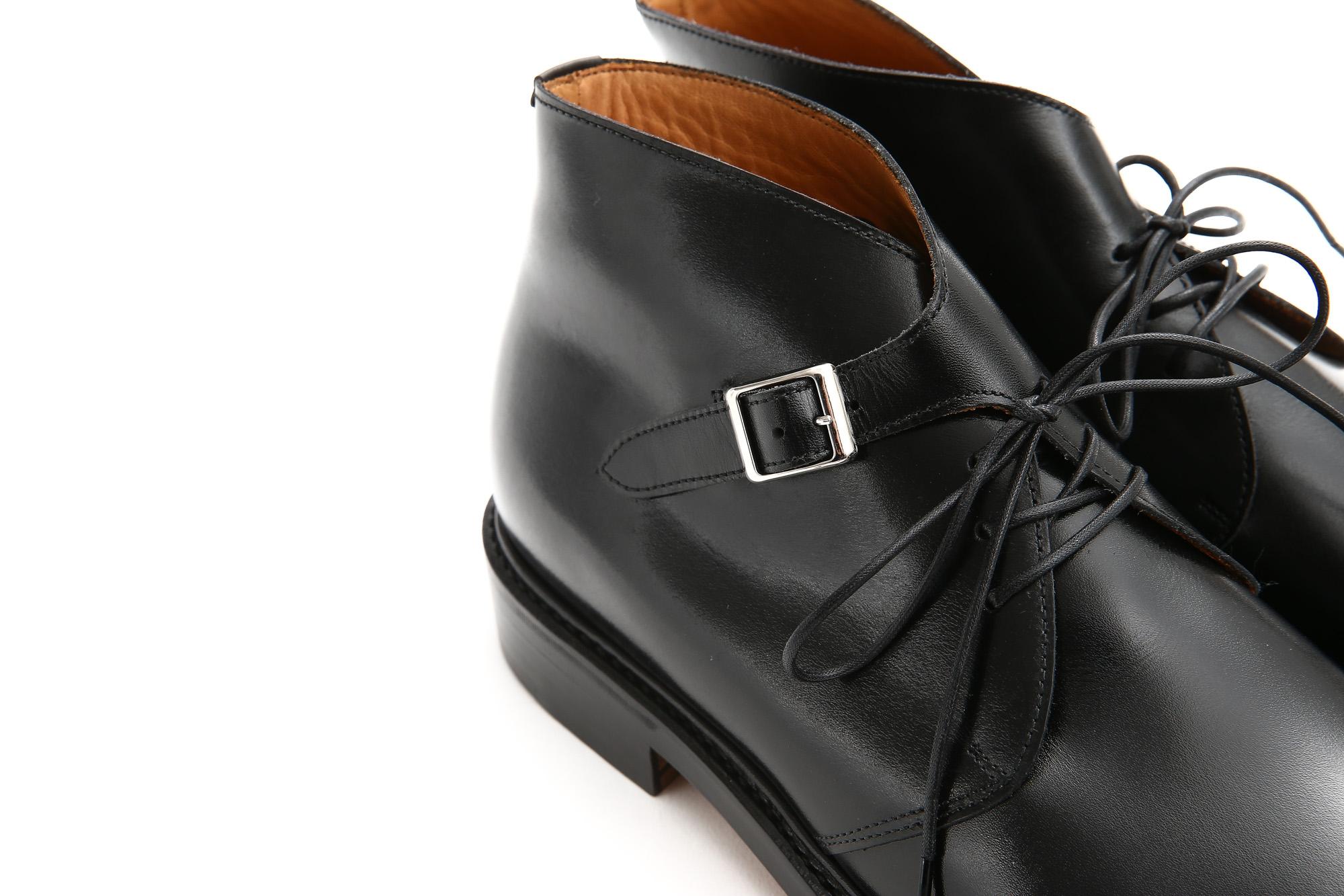 Cuervo (クエルボ) 【Derringer //// デリンジャー】 Annonay Vocalou Calf Leather アノネイ社 ボカルーカーフレザー Double Leather Sole Chukka Boots チャッカブーツ  BLACK(ブラック) MADE IN JAPAN(日本製) 2017 秋冬新作 Annonay Vocalou Calf Leather Goodyear Welt Process Leather Sole  BLACK MADE IN JAPAN 愛知 名古屋 ZODIAC ゾディアック クエルボ cuervo ブーツ ブライドルレザー 牛革 ブライドル ブーツ コラボレート ヒロシツボウチ 坪内浩 エンツォボナフェ ボナフェ ベネチアンクリーム JOHN LOBB ジョンロブ CHURCH'S チャーチ JOSEPH CHEANEY ジョセフチーニー CORTHAY コルテ ALFRED SARGENT アルフレッドサージェント CROCKETT&JONES クロケットジョーンズ F.LLI GIACOMETTI フラテッリジャコメッティ ENZO BONAFE エンツォボナフェ BETTANIN&VENTURI ベッタニンヴェントゥーリ JALAN SRIWIJAYA ジャランスリウァヤ J.W.WESTON ジェイエムウエストン SANTONI サントーニ SERGIO ROSSI セルジオロッシ CARMINA カルミナ