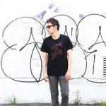 WORN FREE (ウォーンフリー) FUCK the ART Lets ROCK'n'ROLL Rod Stewart(ロッド・スチュワート) 1985 NEW YORK プリントTシャツ バンドTシャツ   ロックTシャツ BLACK (ブラック) MADE IN USA (アメリカ製) 2018春夏新作のイメージ