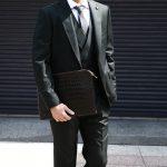Cisei × 山本製鞄 (シセイ × 山本製鞄) Crocodile Document Case Large (クロコダイル ドキュメントケース ラージ) Nile Crocodile Leather (ワニ革) ナイル クロコダイル クラッチバッグ BLACK(ブラック),NAVY(ネイビー),BROWN(ブラウン)  Made in Japan (日本製)のイメージ