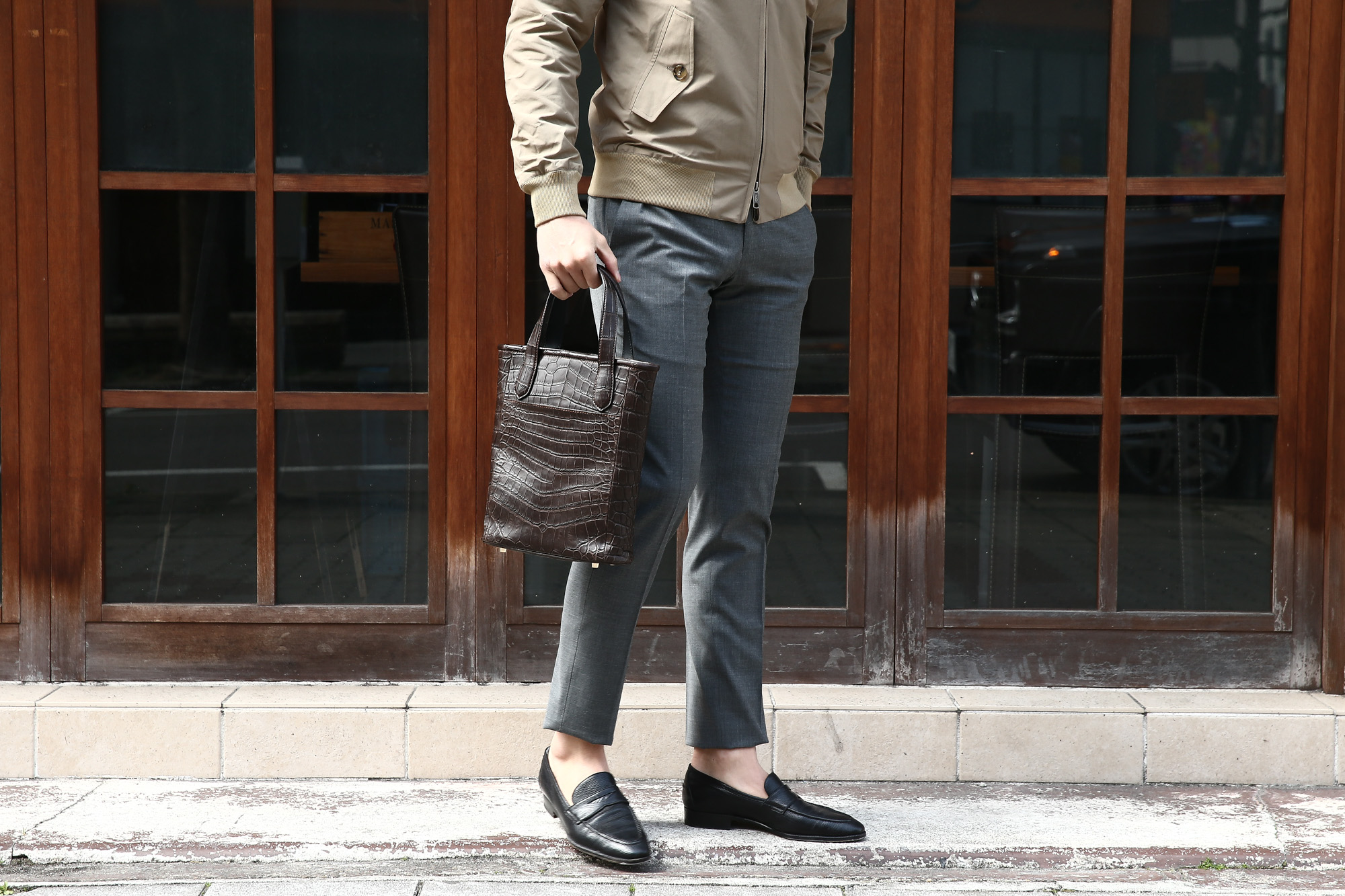 Cisei × 山本製鞄 (シセイ × 山本製鞄) Crocodile Tote Bag Small (クロコダイル トートバッグ スモール) Nile Crocodile Leather (ワニ革) ナイル クロコダイル トート バッグ BLACK(ブラック),NAVY(ネイビー),BROWN(ブラウン) Made in Japan (日本製) cisei yamamotoseiho トートバック クロコ 愛知 名古屋