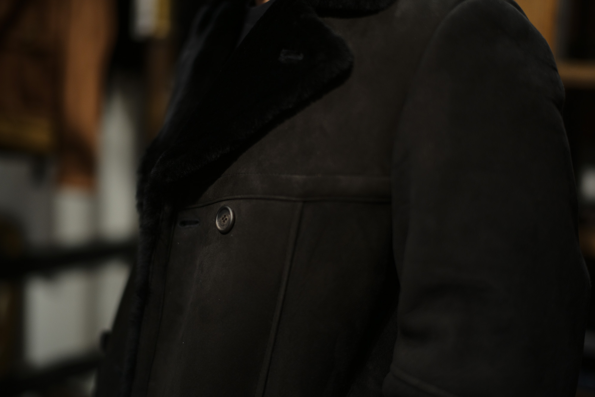 EMMETI (エンメティ) WILL (ウィル) Merino Mouton (メリノ ムートン) ダブルブレスト ムートンコート NERO (ブラック) Made in italy (イタリア製) 2018 秋冬 emmeti ムートンコート 愛知 名古屋 ZODIAC ゾディアック  42,44,46,48,50,52
