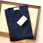 JOHN SMEDLEY (ジョンスメドレー) SICILY (シシリー) 30G Merino Wool (30ゲージメリノウール) クルーネックセーター NAVY (ネイビー) Made in England (イギリス製) 2018 秋冬のイメージ