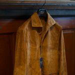Alfredo Rifujio (アルフレード リフージオ) SS326 CAMOSCIO Summer Suede Leather Shirts サマースウェード レザーシャツ CAMEL (キャメル) made in italy (イタリア製) 2019 春夏 alfredorifujio アルフレードリフージオ 愛知 名古屋 ZODIAC ゾディアック alto e diritto アルトエデリット レザージャケット 素肌にレザー 42,44,46,48,50,52