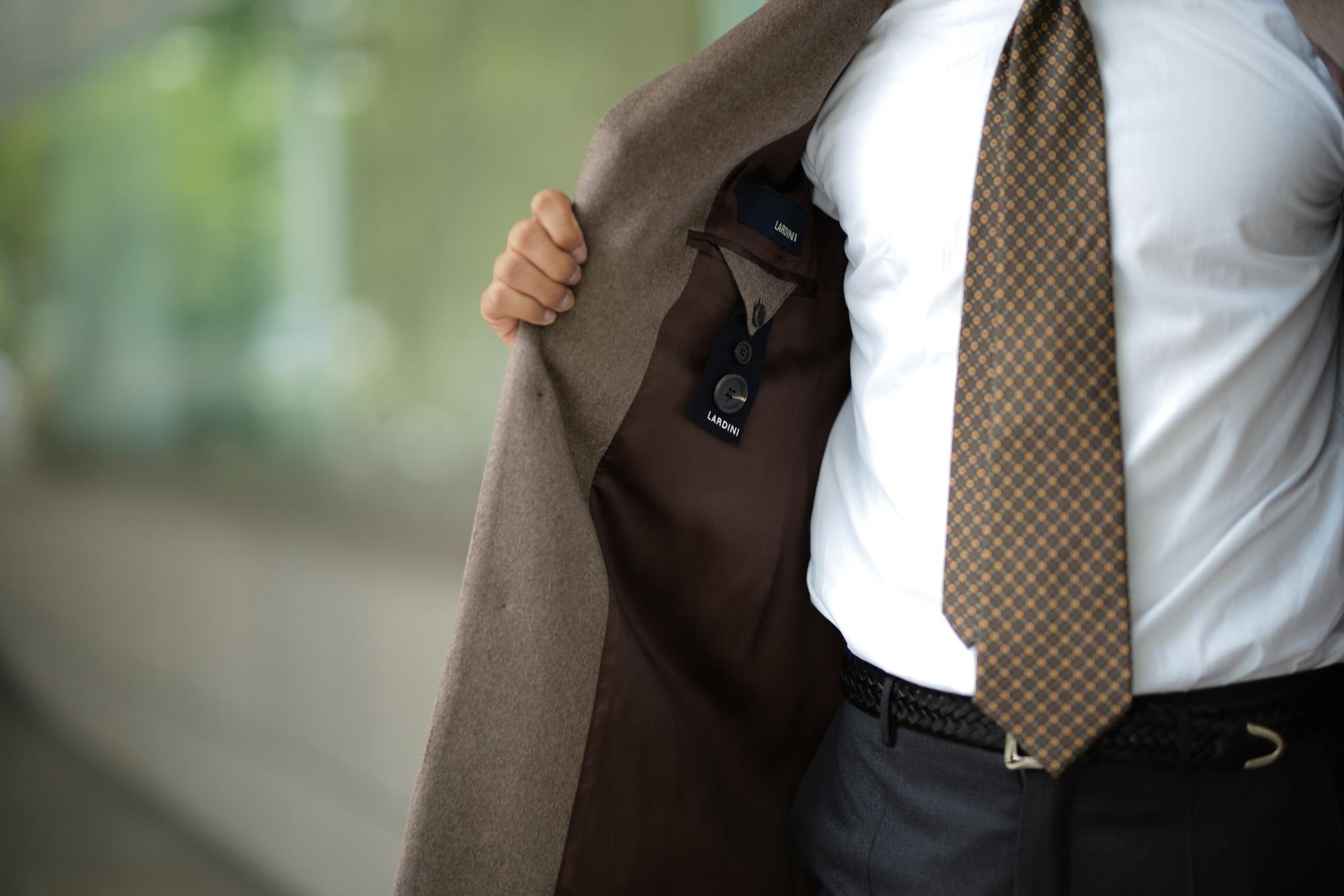 LARDINI (ラルディーニ) Cashmere Spolverino Chester coat (カシミヤ スポルベリーノ チェスターコート) カシミヤフラノ生地 シングル チェスターコート BEIGE (ベージュ・1) Made in italy (イタリア製) 2018 秋冬新作 lardini 愛知 名古屋 Alto e Diritto アルト エ デリット alto e diritto アルトエデリット