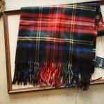 Johnstons (ジョンストンズ) WA56 STOLE Cashmere 100% カシミア 大判 ストール BLACK STEWART (ブラックスチュワート・KU0324) Made in Scotland (スコットランド製) 2018 秋冬新作のイメージ