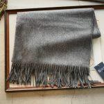 Johnstons (ジョンストンズ) WA56 STOLE Cashmere 100% カシミア 大判 ストール Mid Grey (ミッドグレー・HA0501) Made in Scotland (スコットランド製) 2018 秋冬新作のイメージ