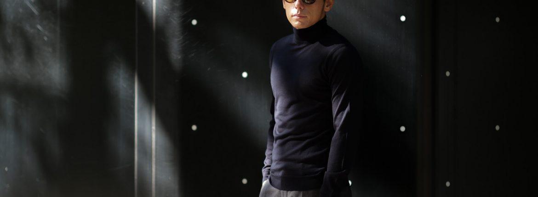 JOHN SMEDLEY (ジョンスメドレー) IMPERIAL KASHMIR (カシミアシリーズ) ARLINGTON (アーリントン) CASHMERE × Merino Wool (カシミア × メリノウール) 30ゲージ カシミアウール タートルネックセーター MIDNIGHT (ミッドナイト) Made in England (イギリス製) 2018 秋冬新作のイメージ