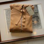 JOHN SMEDLEY (ジョンスメドレー) RESERVOIR (レゼルボア) 24G Merino Wool (24ゲージ メリノウール) ジップアップ ニット パーカー CAMEL (キャメル) Made in England (イギリス製) 2018 秋冬新作のイメージ
