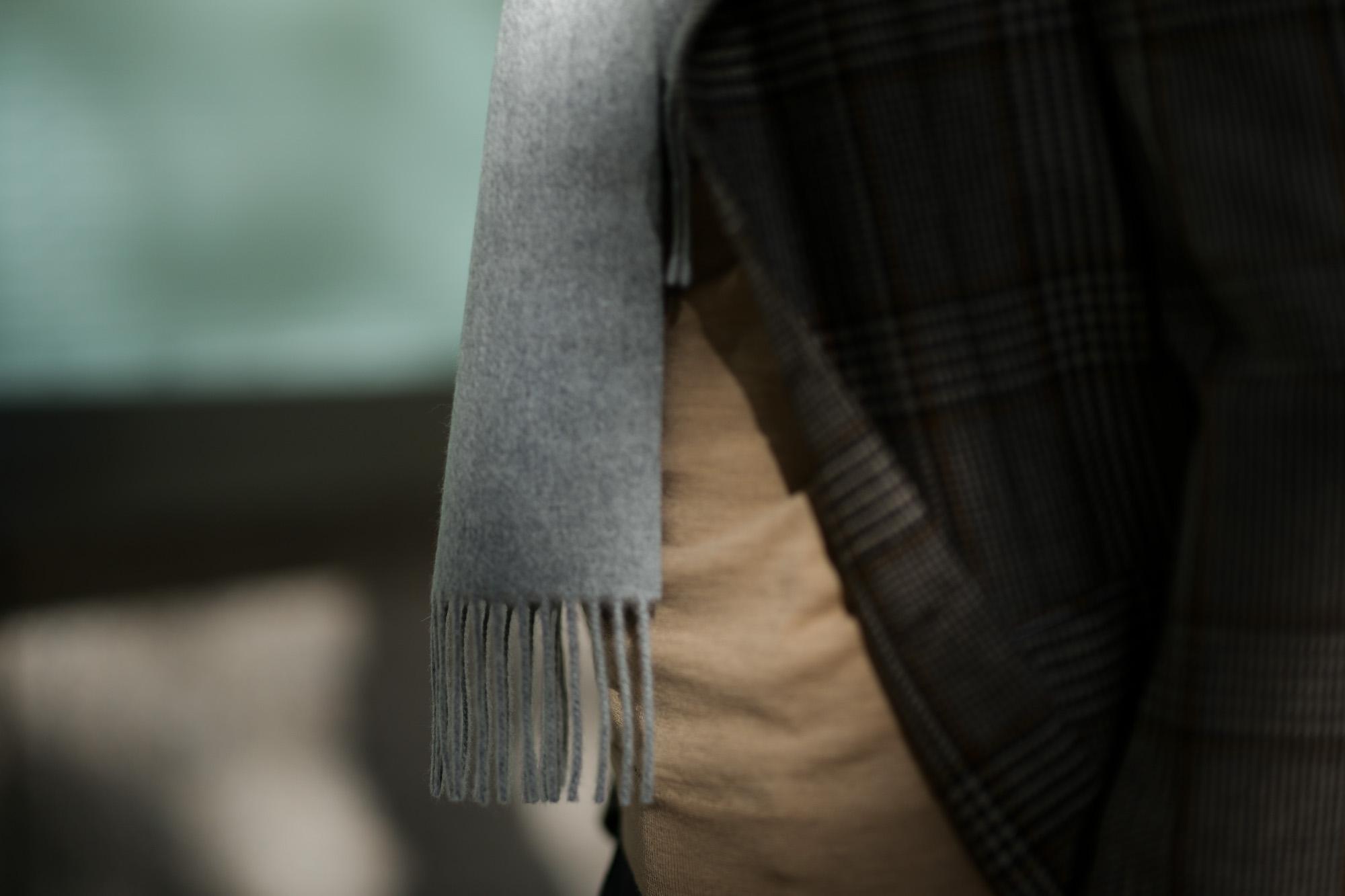 Johnstons (ジョンストンズ) WA16 MUFFLER SCARF Cashmere 100% カシミア マフラー Light Grey (ライトグレー・HA0200) Made in Scotland (スコットランド製) 2018 秋冬新作 愛知 名古屋 alto e diritto altoediritto アルトエデリット ストール ジョンストンズ