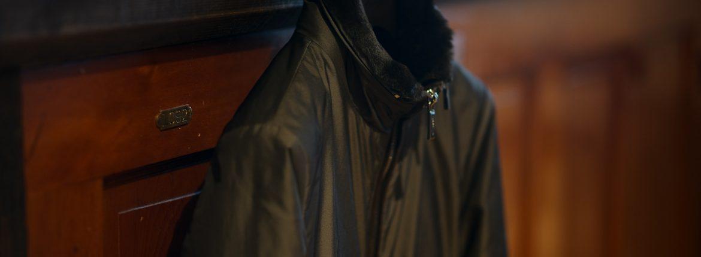 MOORER (ムーレー) CELOTTI-KM (チェロッティ) ホワイトグースダウン スタンドカラー ナイロン ダウン ブルゾン ANTRACITE (チャコール) Made in italy (イタリア製) 2018 秋冬新作のイメージ