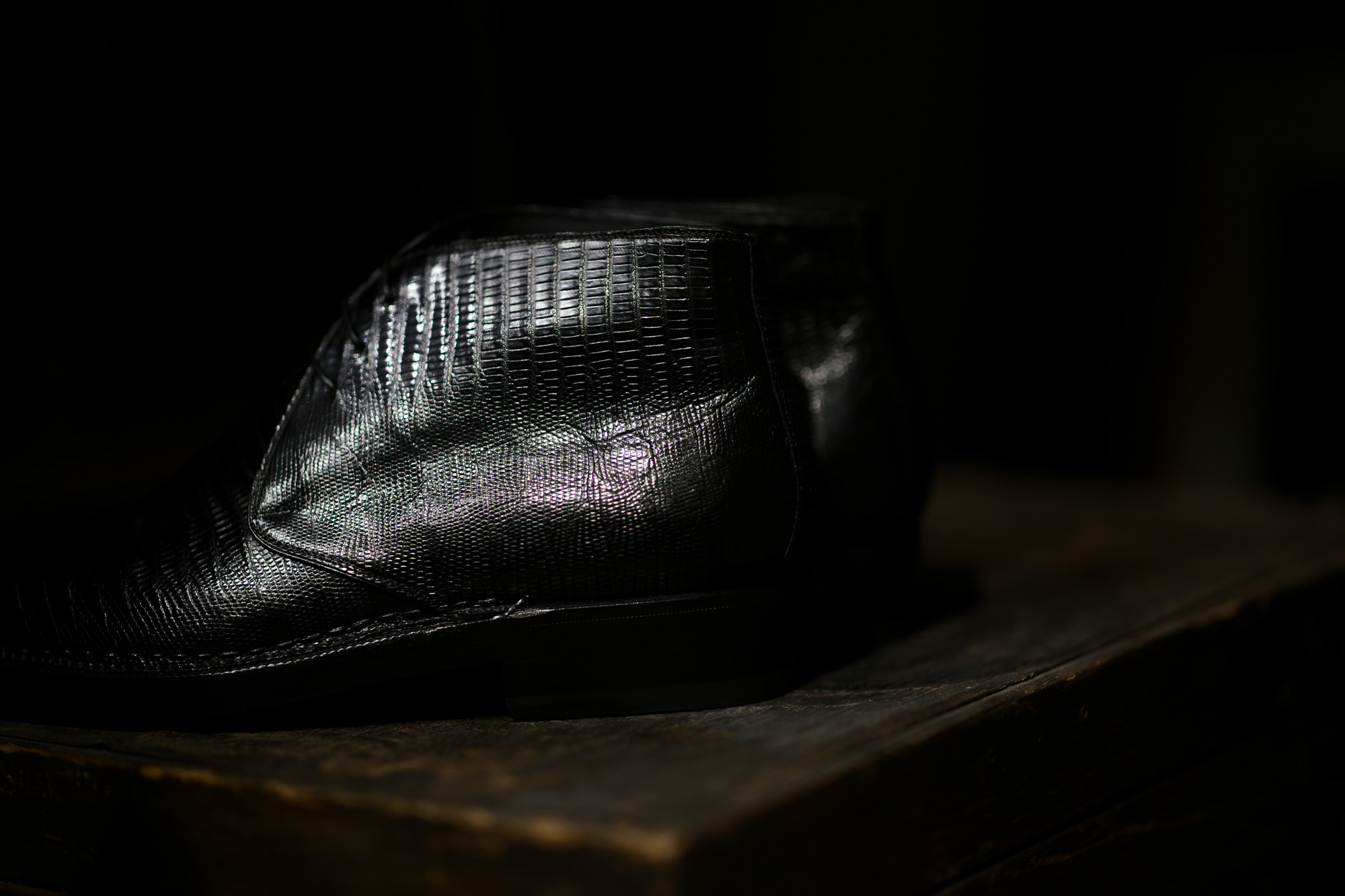 ENZO BONAFE (エンツォボナフェ) ART.3722 Chukka boots TEJUS (テジュー) リザードレザー チャッカブーツ TEJUS NERO (ブラック) made in italy (イタリア製) 2018 秋冬新作 enzobonafe ボナフェ ブーツ チャッカ 愛知 名古屋 Alto e Diritto アルト エ デリット ドカゲ リザード