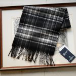 Johnstons (ジョンストンズ) WA16 MUFFLER SCARF Cashmere 100% カシミア マフラー Black & White Stewart (ブラック&ホワイトスチュアート・KU0079) Made in Scotland (スコットランド製) 2018 秋冬新作のイメージ