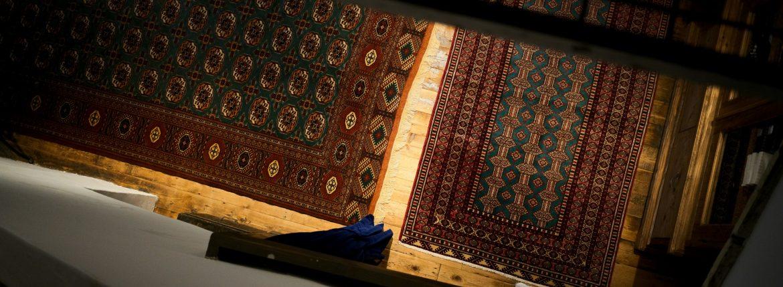 オールドペルシャ絨毯のイメージ