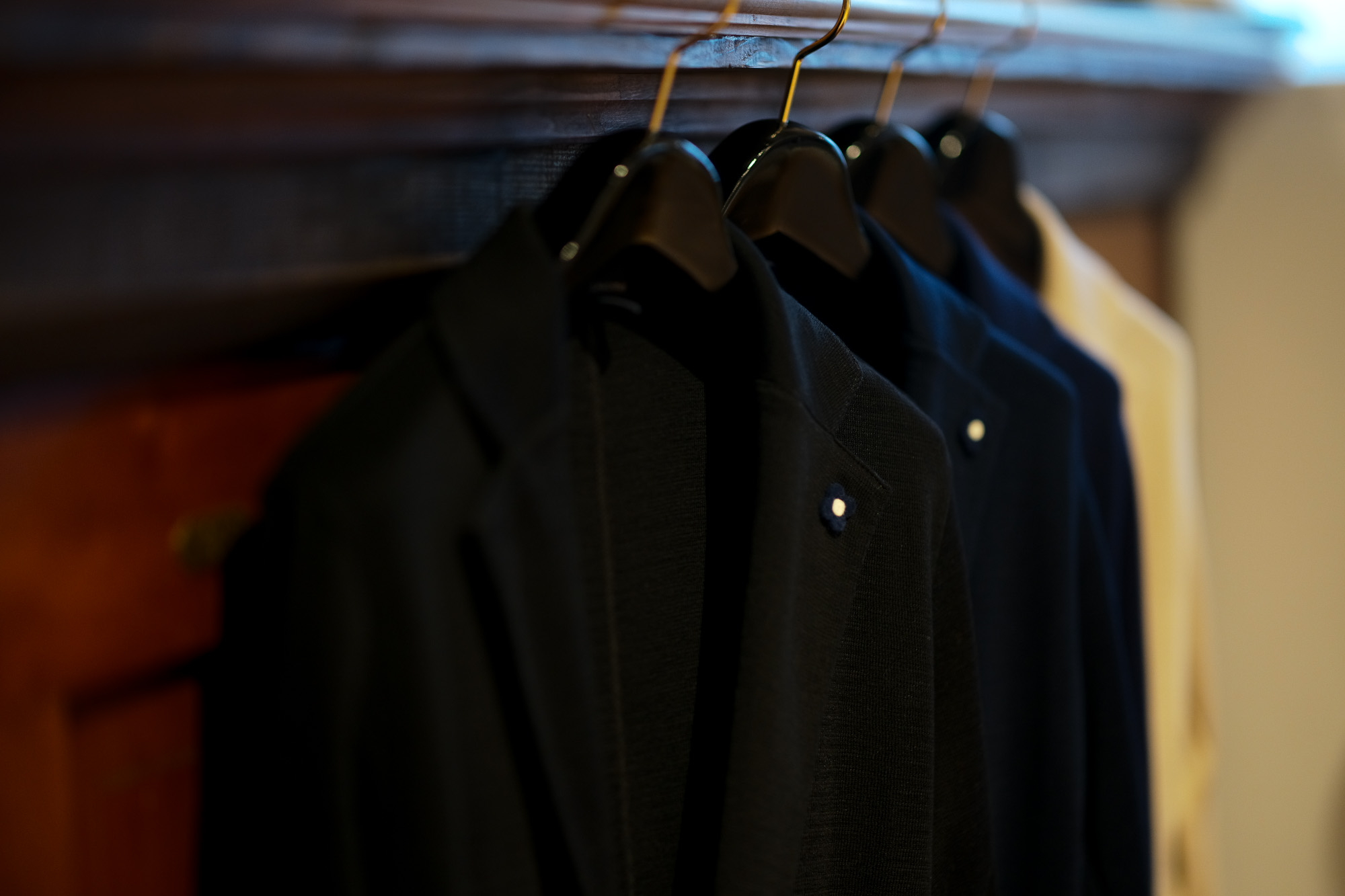 LARDINI(ラルディーニ)Milano Rib ミラノリブ コットン ソリッド 2B ニットジャケット BLACK(ブラック・999) , NAVY(ネイビー・850) , BLUE(ブルー・820) , BEIGE(ベージュ・200) 2019 春夏新作 愛知 名古屋 altoediritto アルトエデリット