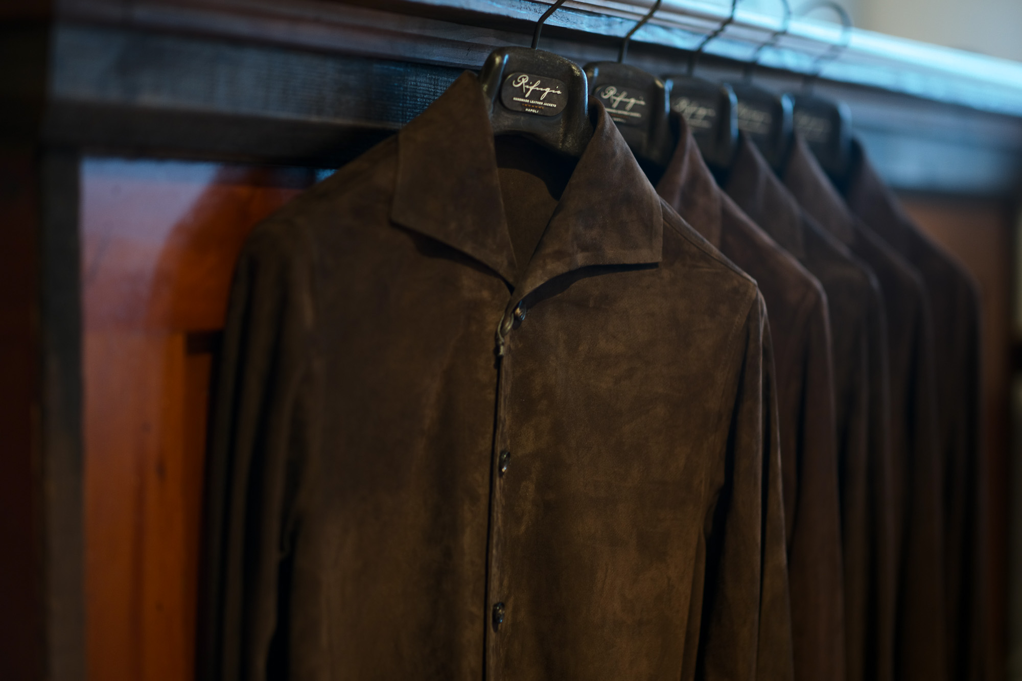 Alfredo Rifujio (アルフレード リフージオ) SS326 CAMOSCIO Summer Suede Leather Shirts サマースウェード レザーシャツ BROWN (ブラウン) made in italy (イタリア製) 2019 春夏新作 【2019春夏第1便入荷しました】【2019春夏フリー分発売開始】alfredorifujio アルフレードリフージオ 愛知 名古屋 Alto e Diritto アルト エ デリット alto e diritto アルトエデリット レザージャケット 素肌にレザー 42,44,46,48,50,52