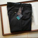 PT01 (ピーティーゼロウーノ) TRAVEL & RELAX SUPER SLIM FIT (スーパースリムフィット) ストレッチ ウォッシャブル トロピカル サマーウール スラックス BLACK (ブラック・0990) 2019 春夏新作のイメージ