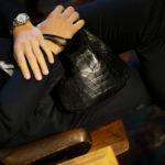 Cisei × 山本製鞄 (シセイ × 山本製鞄) Crocodile Bag(クロコダイルバック) Nile Crocodile Leather (ワニ革) ナイル クロコダイル レザードローストリングバック 巾着  BLACK(ブラック)  Made in Japan (日本製) 2019 秋冬 【超絶 限定モデル】【ご予約開始】のイメージ