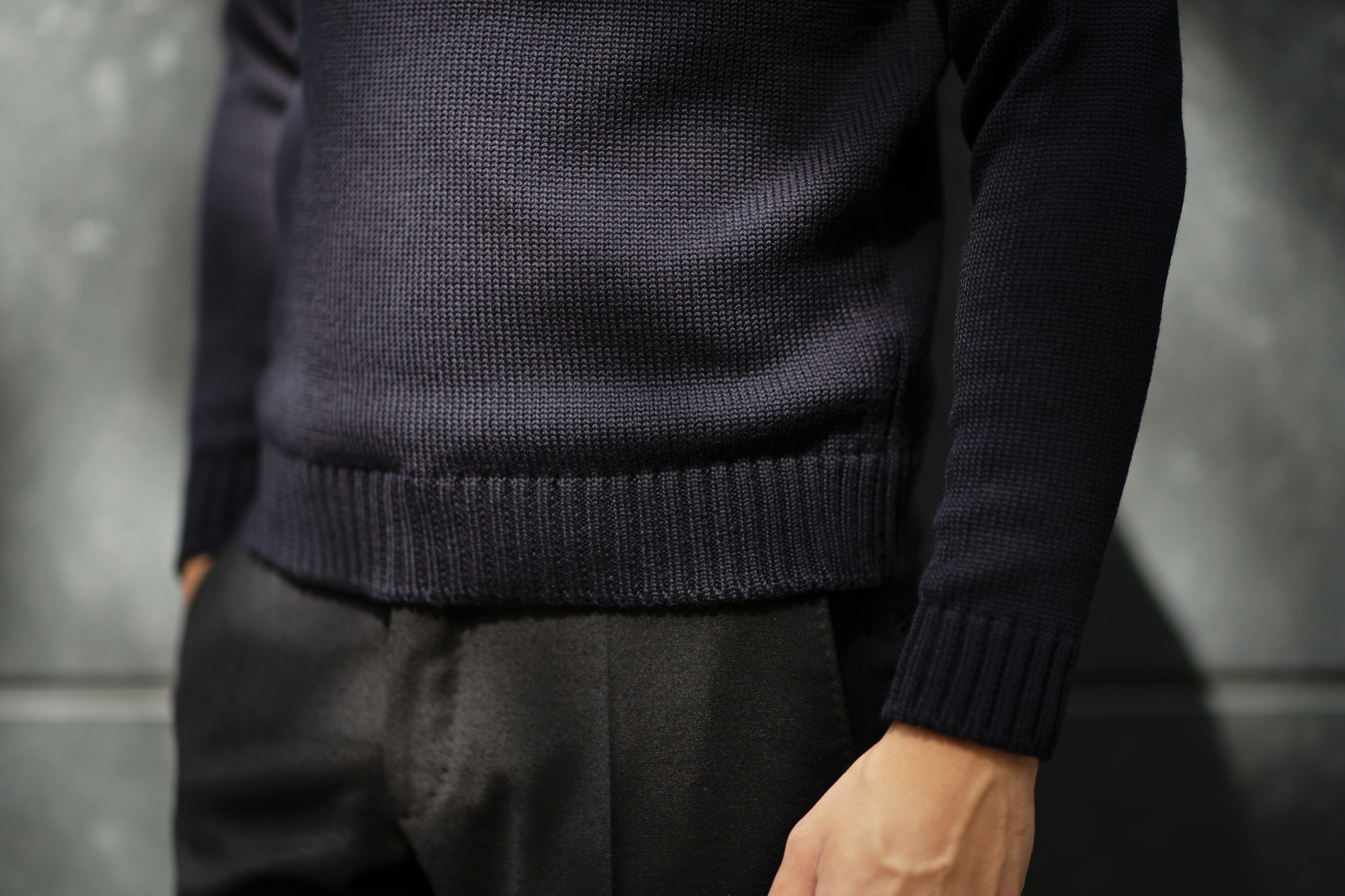 ZANONE (ザノーネ) Turtle Neck Sweater (タートルネックセーター) 810005 Z0229 VIRGIN WOOL 100% ミドルゲージ ウールニット セーター NAVY (ネイビー・Z1375) made in italy (イタリア製) 2019 秋冬 【ご予約受付中】zanone ニット クルーネック 愛知 名古屋 Alto e Diritto アルト エ デリット