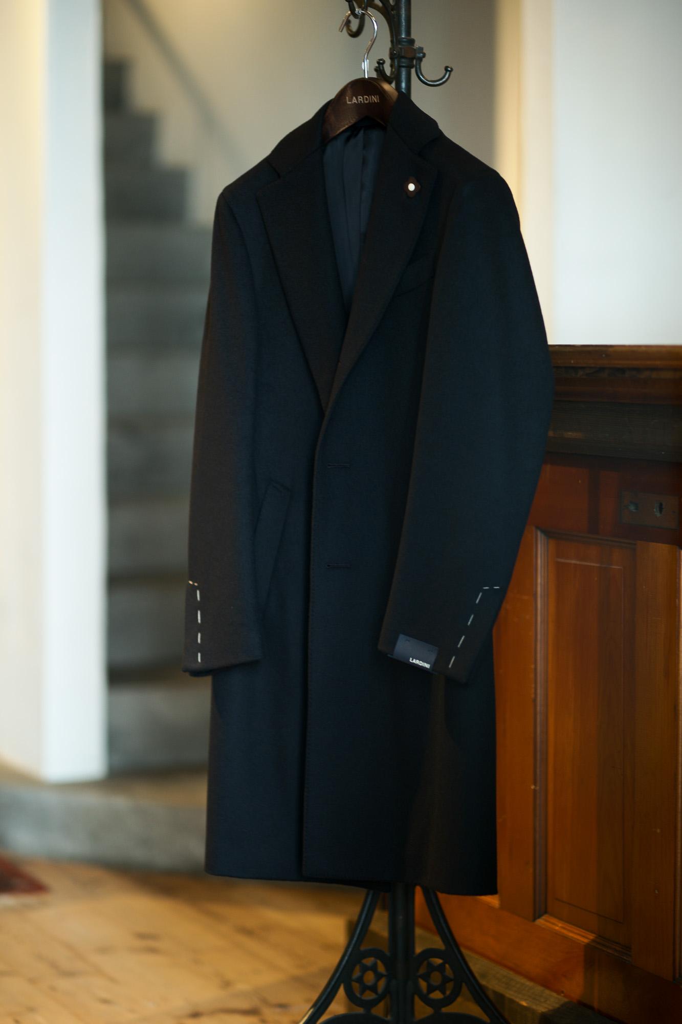 LARDINI (ラルディーニ) Spolverino Chester coat (スポルベリーノ チェスターコート) フラノウール生地 シングル チェスターコート BLACK (ブラック・4) Made in italy (イタリア製) 2019 秋冬新作 【入荷しました】【フリー分発売開始】 愛知 名古屋 Altoediritto アルトエデリット コート ロングコート
