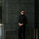 Cruciani(クルチアーニ) Silk Cashmere Turtle Neck Sweater (シルクカシミヤ タートルネック セーター) ハイゲージ シルクカシミヤニット セーター BLACK (ブラック・30060) made in italy (イタリア製) 2019 秋冬新作のイメージ