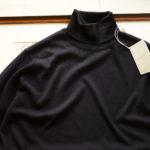JOHN SMEDLEY (ジョンスメドレー) IMPERIAL KASHMIR (カシミアシリーズ) ARLINGTON (アーリントン) CASHMERE × Merino Wool (カシミア × メリノウール) 30ゲージ カシミアウール タートルネックセーター MIDNIGHT (ミッドナイト) Made in England (イギリス製) 2019秋冬新作 【入荷しました】【フリー分発売開始】のイメージ