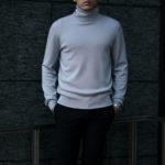 """MANRICO CASHMERE(マンリコカシミア) """"Super Cashmere"""" Turtle Neck Sweater M040 0002 スーパーカシミヤ タートルネック セーター BLACK(ブラック),SNOW WHITE(スノーホワイト),DRESS BLUES(ドレスブルー),ROYAL BLUE(ロイヤルブルー),SABLE(グレージュ),GREY STONE(ダークグレー),AZTEC(ブラウン),CAMEL(キャメル),KOMBU GREEN(グリーン),YELLOW(イエロー),GRENADINE(オレンジ),HIGH RISK RED(ハイリスクレッド) MADE IN ITALY(イタリア製) 2020AWのイメージ"""