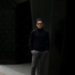 JOHN SMEDLEY (ジョンスメドレー) IMPERIAL KASHMIR (カシミアシリーズ) ARLINGTON (アーリントン) CASHMERE × Merino Wool (カシミア × メリノウール) 30ゲージ カシミアウール タートルネックセーター MIDNIGHT (ミッドナイト) Made in England (イギリス製)のイメージ
