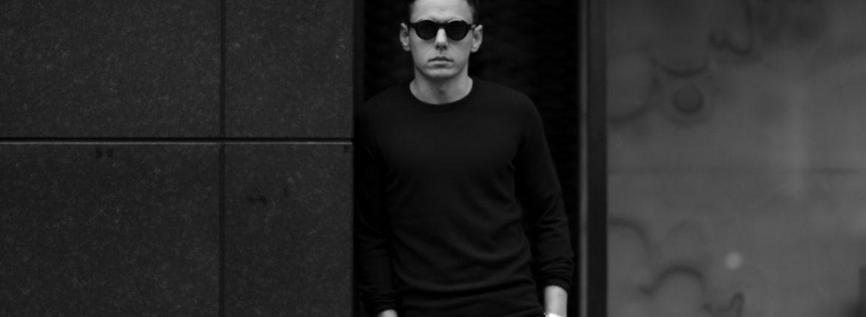 lucien pellat-finet(ルシアン ペラフィネ) Cashmere Crew Neck Sweater カシミア クルーネック セーター LIQUORICE (パープル) made in scotland (スコットランド製) 2020 春夏のイメージ