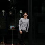 lucien pellat-finet(ルシアン ペラフィネ) Cashmere Crew Neck Sweater カシミア クルーネック セーター FELT GREY (グレー) made in scotland (スコットランド製) 2020 春夏新作のイメージ