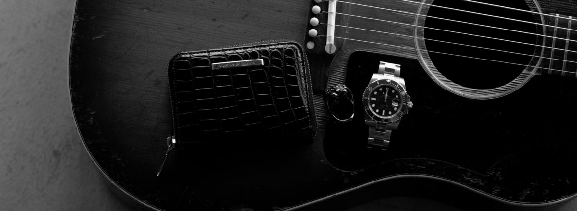"Georges de Patricia ""Phantom Crocodile 18K GOLD NOIR"" × FIXER ""BLACK PANTHER RING RUBY BLACK RHODIUM"" × ROLEX ""SUBMARINER DATE 116618LB"" × Gibson ""J-45 Adj.1959""のイメージ"