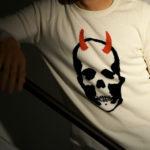 lucien pellat-finet(ルシアン ペラフィネ) Horn Skull Cashmere Sweater (ホーン スカル カシミア セーター) インターシャ カシミア スカル セーター NIVEOUS × BLACK (ホワイト × ブラック) made in scotland (スコットランド製) 2020 春夏新作のイメージ