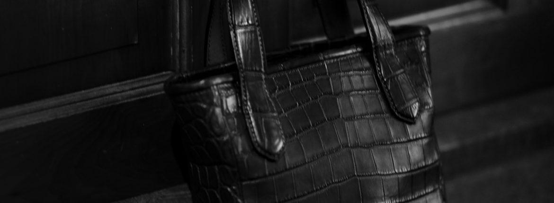 Cisei × 山本製鞄 (シセイ × 山本製鞄) Crocodile Tote Bag Small (クロコダイル トートバッグ スモール) Nile Crocodile Leather (ワニ革) ナイル クロコダイル トート バッグ BLACK(ブラック),NAVY(ネイビー),BROWN(ブラウン) Made in Japan (日本製) 2020 秋冬 【ご予約受付中】のイメージ