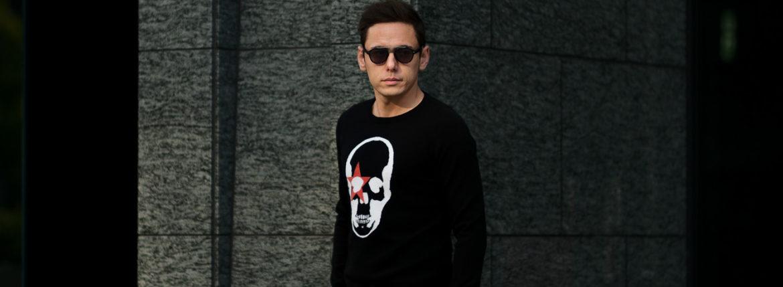 lucien pellat-finet(ルシアン ペラフィネ) KISS Skull Cashmere Sweater (キッス スカル カシミア セーター) インターシャ カシミア スカル セーター BLACK × NIVEOUS (ブラック × ホワイト) made in scotland (スコットランド製) 2020 春夏新作のイメージ