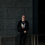 lucien pellat-finet(ルシアン ペラフィネ) KISS Skull Tongue Cashmere Sweater (キッス スカル タン カシミア セーター) インターシャ カシミア スカル セーター BLACK × NIVEOUS (ブラック × ホワイト) made in scotland (スコットランド製) 2020 春夏新作のイメージ