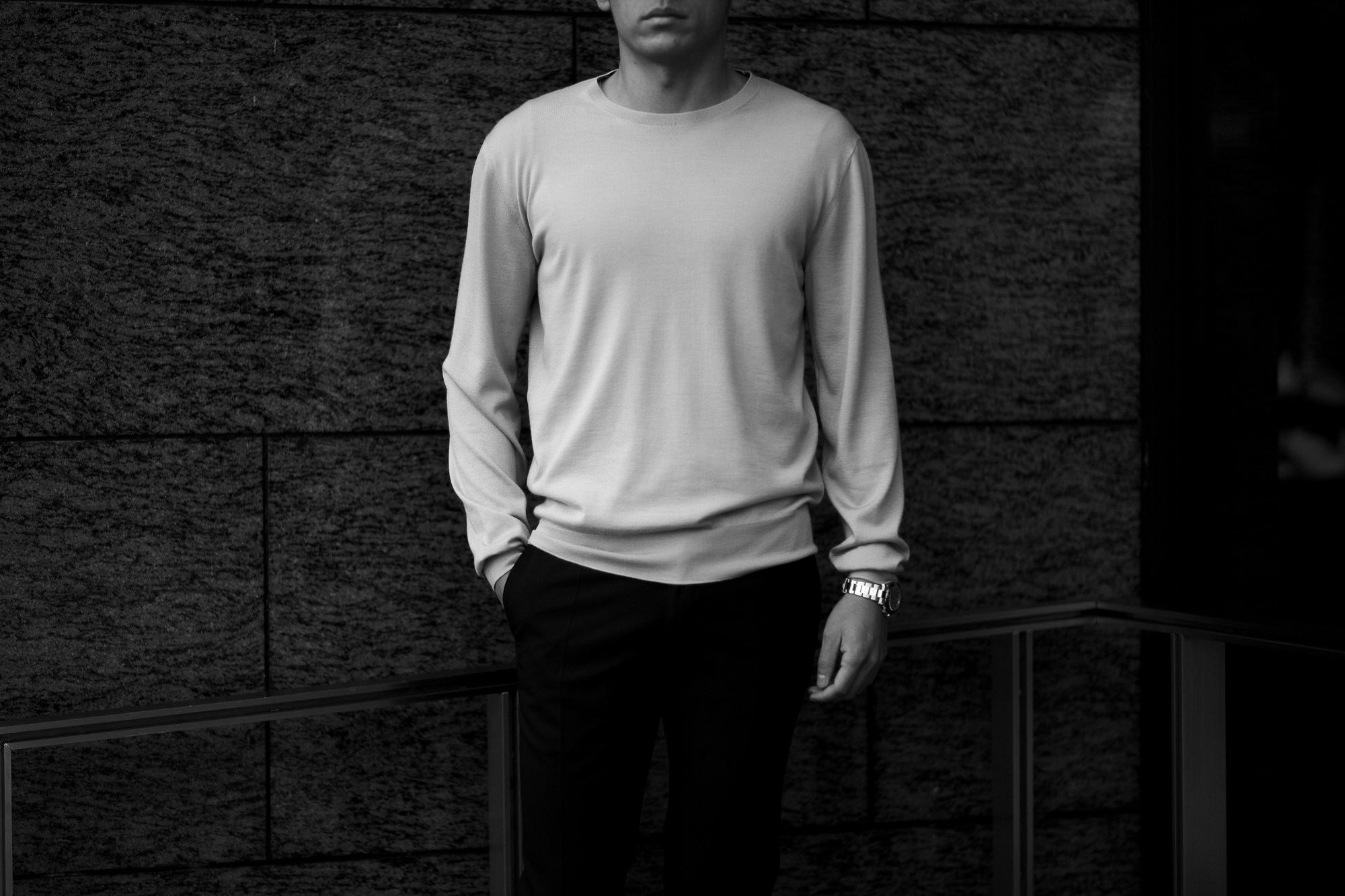 MANRICO CASHMERE (マンリコ カシミア) Silk Cashmere Wool Crew Neck Sweater (シルクカシミアウール クルーネック セーター) ハイゲージ シルクカシミアウール ニット セーター BLACK (ブラック) made in italy (イタリア製) 2020 秋冬 【ご予約受付中】愛知 名古屋 altoediritto アルトエデリット manricocashmere マンリコカシミア
