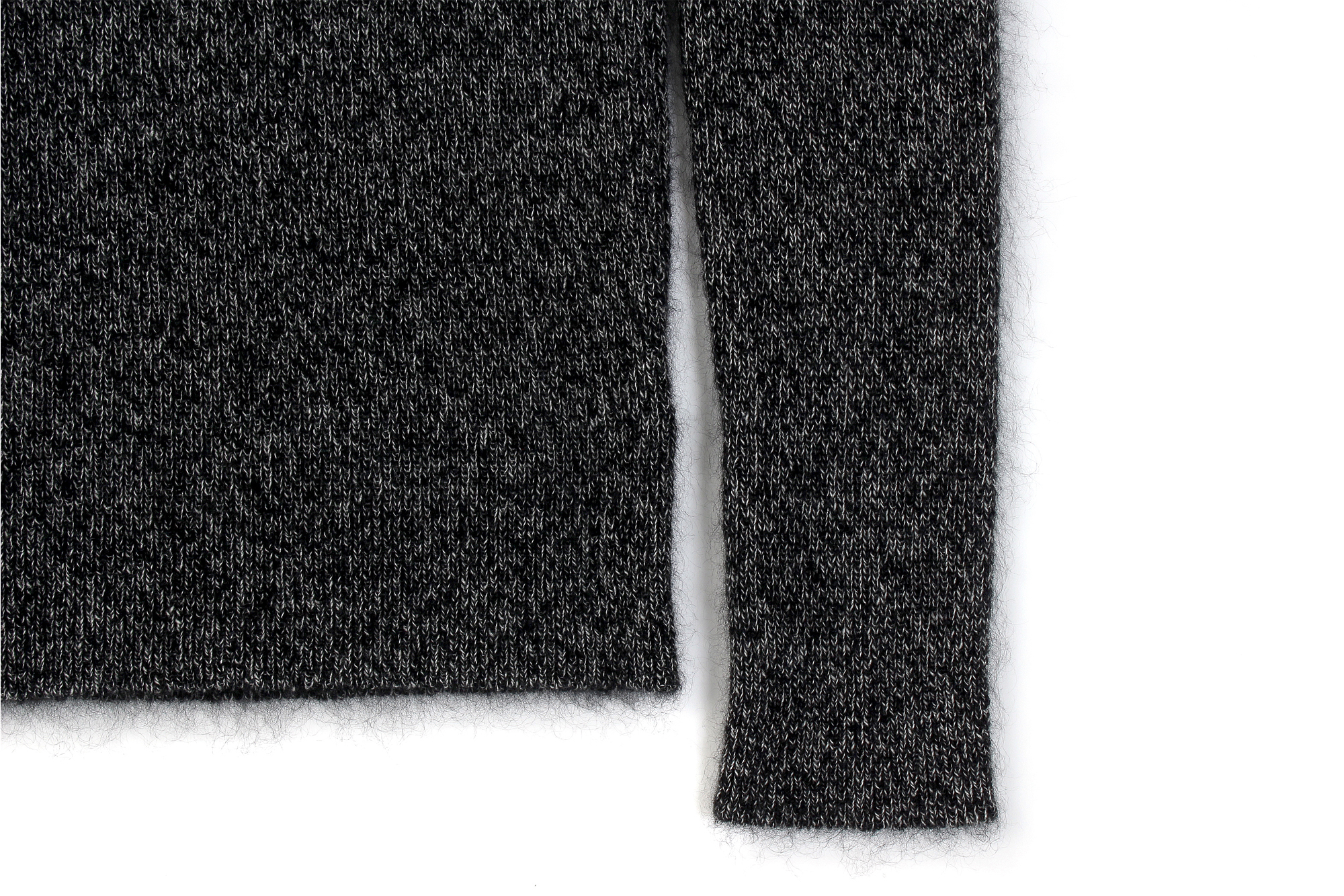 RIVORA / リヴォラ (2020 秋冬 展示会) R22-MKT005 GENTLE KNIT Round Neck 010 Black R22-MKT006 GENTLE KNIT High Neck 010 Black カシミヤ モヘア シルク クルーネック タートルネック 栗生田弓 YUMIAOTA altoediritto アルトエデリット ニット
