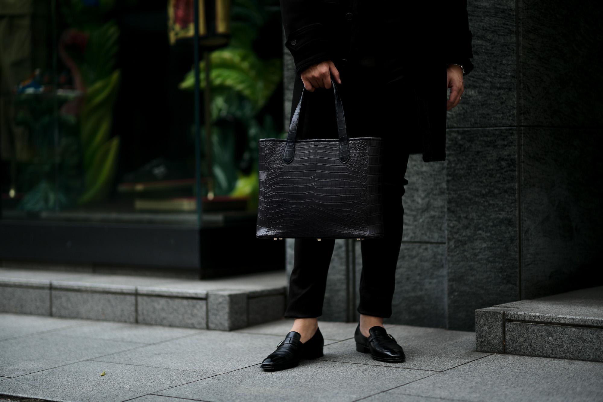 Cisei × 山本製鞄 (シセイ × 山本製鞄) Crocodile Tote Bag Medium (クロコダイル トートバッグ ミディアム) Nile Crocodile Leather (ワニ革) ナイル クロコダイル トート バッグ BLACK(ブラック),NAVY(ネイビー),BROWN(ブラウン) Made in Japan (日本製) cisei yamamotoseiho トートバック クロコ 愛知 名古屋 Alto e Diritto アルト エ デリット