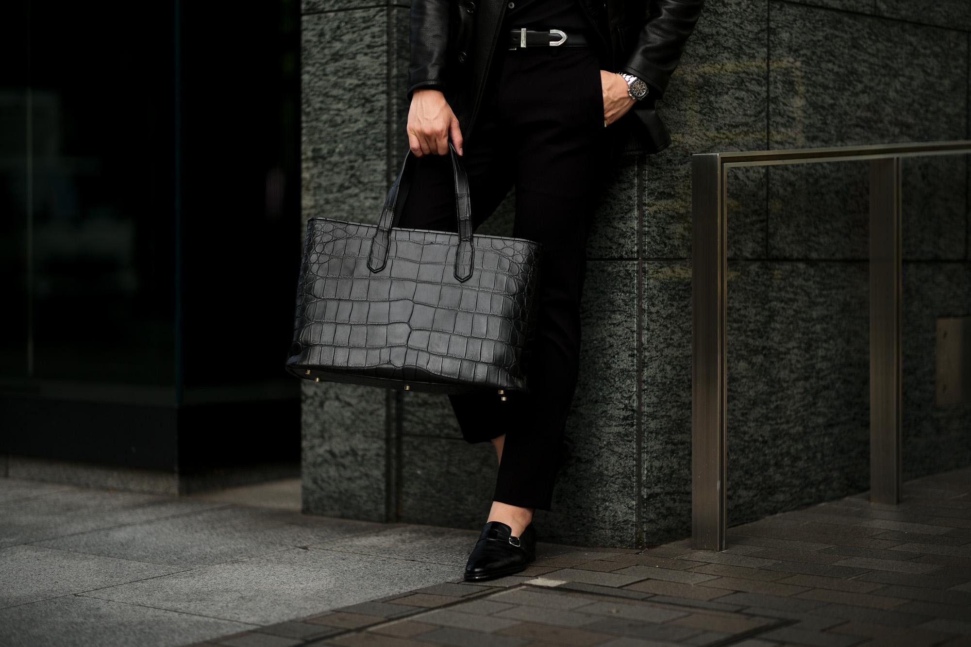 Cisei × 山本製鞄 (シセイ × 山本製鞄) Crocodile Tote Bag Large (クロコダイル トートバッグ ラージ) Large Crocodile Leather (ワニ革) ラージクロコダイル トート バッグ BLACK(ブラック),NAVY(ネイビー),BROWN(ブラウン) Made in Japan (日本製) cisei yamamotoseiho トートバック クロコ 愛知 名古屋 Alto e Diritto アルト エ デリット