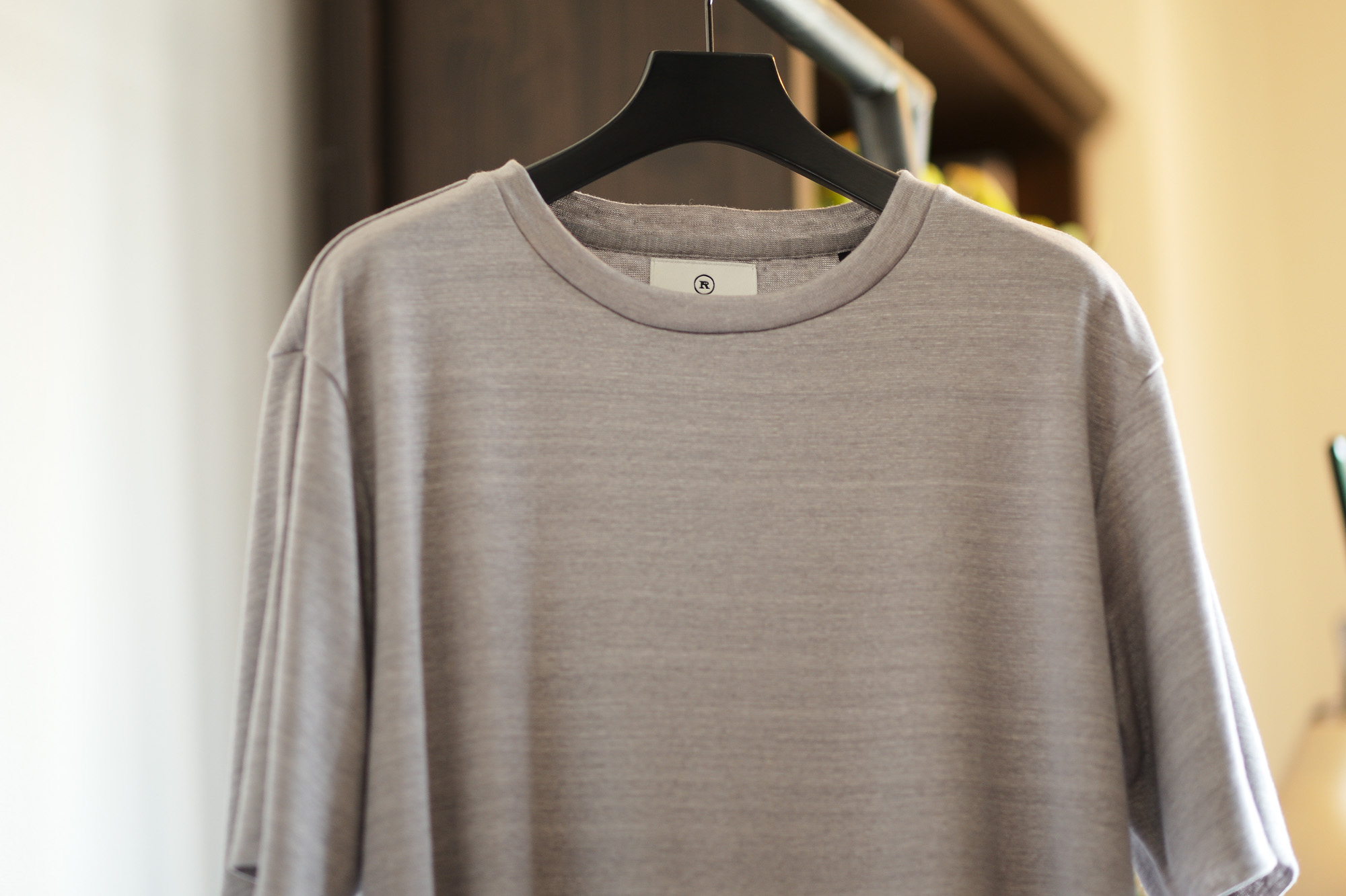 RIVORA / リヴォラ (2021 春夏 展示会) Spring Summer Collection R23-MUT001 Vintage Linen Layered T-Shirts リネン100 カットソー Tシャツ 栗生田弓 YUMIAOTA altoediritto アルトエデリット ニット 二重カットソー 二重Tシャツ