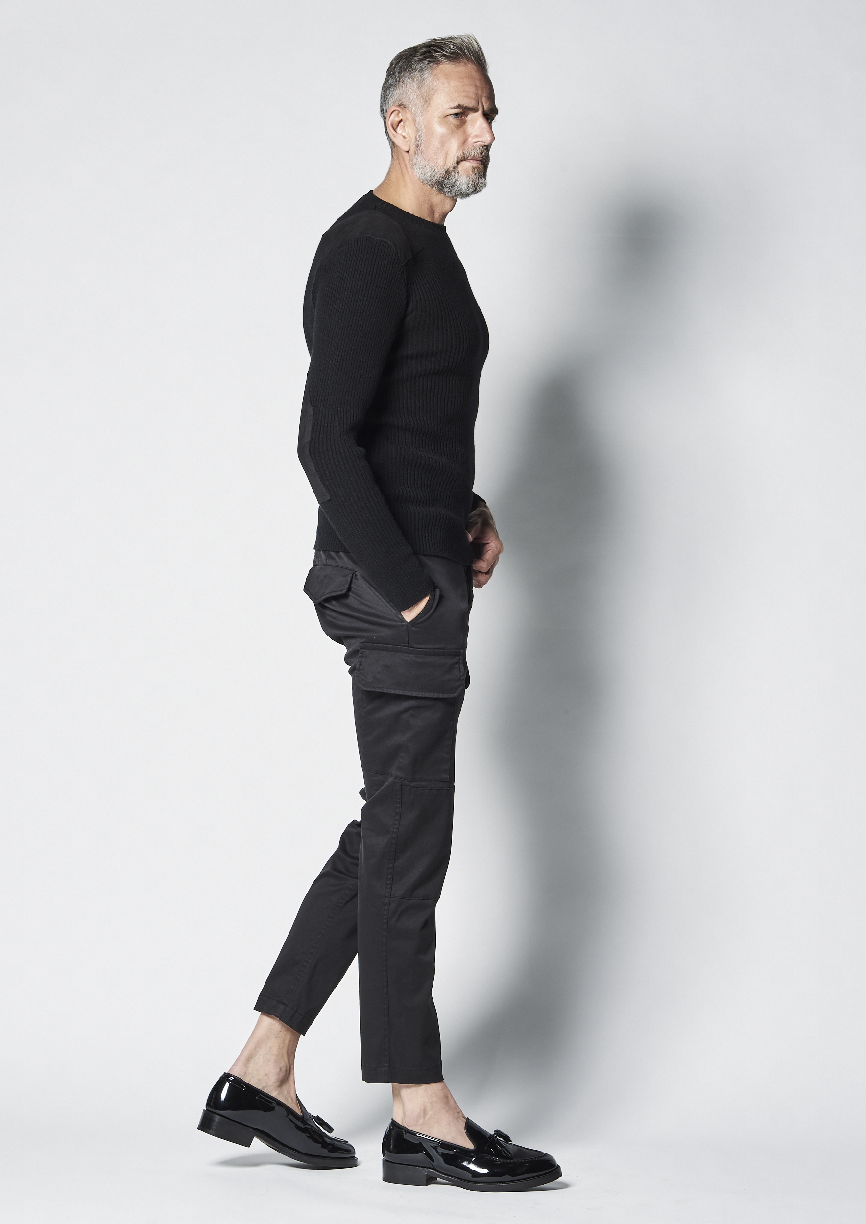 1PIU1UGUALE3 (ウノピュウノウグァーレトレ) BLACK MILITARY BY YOSHIMASA HOSHIBA (ブラックミリタリー バイ 干場義雅) COMMAND KNIT (コマンドニット) CASHMERE カシミアセーター BLACK (ブラック) MADE IN JAPAN (日本製) 2021  愛知 名古屋 Alto e Diritto altoediritto アルトエデリット 干場義雅 hoshiba yoshimasa
